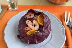 Insalata di radicchio e gamberi, scopri la ricetta: http://www.misya.info/ricetta/insalata-di-radicchio-e-gamberi.htm
