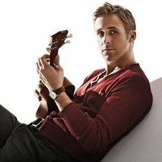 Ryan Gosling aka the perfect guy Celebrity Gallery, Celebrity Crush, Look At You, How To Look Better, Pretty People, Beautiful People, Beautiful Voice, Beautiful Pictures, Fotografia Tutorial