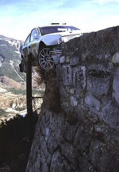Roman Krestas lucky escape in Monte-Carlo 2002 with Octavia WRC Pajero Off Road, Rallye Wrc, Car Crash, Rally Car, Courses, Car Insurance, Hot Cars, Nascar, Cars And Motorcycles