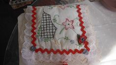 SOLD SOLD I just listed Fabric Pin Needle Book on The CraftStar @TheCraftStar #uniquegifts