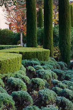 Provence, France garden, photo by Clive Nichols Green Landscape, Landscape Design, Garden Design, California Garden, Italian Garden, Mediterranean Garden, Formal Gardens, Garden Features, Garden Inspiration