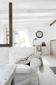 White Shabby Beach Chic Decorating Ideas - love the look of that table.