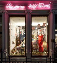 Vivienne Westwood Alice's Adventures in Wonderland Windows by StudioXAG, London – UK » Retail Design Blog