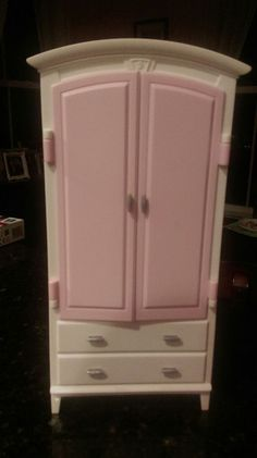 Suzy Goose Mattel Barbie Bedroom Armoire White Vintage Excellent ...