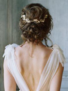 Shop Rose Garden Vine l Photography @Laura Gordon l Collection @enchantedatelierbylivhart   Hair & MUA @Anna Breeding   Model @kathleenmcgoniglee   Calligraphy @signoraemare
