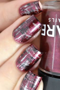 Abstract Tartan nails - dry brush nailart