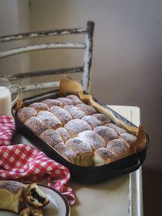 Univerzálne kváskové cesto na koláče - Zo srdca do hrnca Waffles, Breakfast, Sweet, Food, Meal, Eten, Meals, Waffle, Morning Breakfast