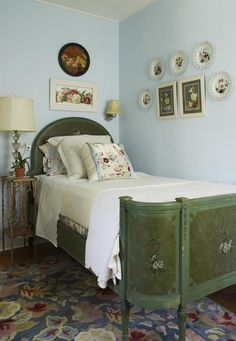 blue walls in this cottage style bedroom