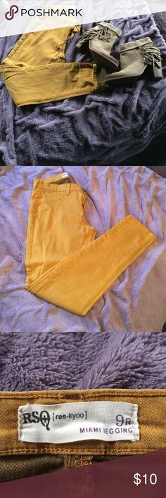 Rsq Miami jeans Really pretty mustard color great for fall🍂 rsq Jeans Skinny