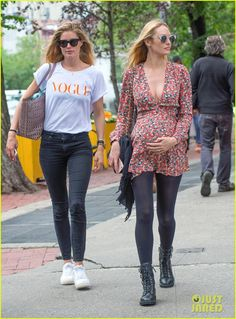 Pregnant Candice Swanepoel Lunches with Pal Doutzen Kroes