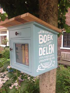 Mijn eigen buurtbieb! Free little libraries