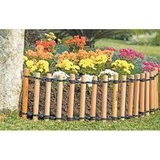 Resultado de imagem para como fazer cerca de bambu para jardim