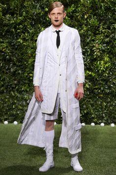 Moncler Gamme Bleu Spring 2014 Menswear Collection Slideshow on Style.com