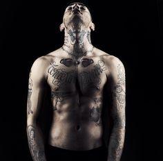 Emis Killa Johnny Depp, I Tattoo, Bae, Idol, Celebrity, Iphone, My Love, Musica, Italy