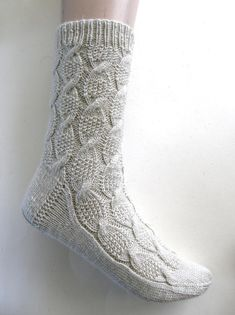 Hand-knitted by myself. EU size US (woman)size UK (woman)size Made from Scheepjes, Our Tribe, merino superwash, polyamid Crochet Socks, Knitting Socks, Hand Knitting, Knit Crochet, Knitting Patterns, Crochet Garland, Fingerless Mitts, Knitting Projects, Birch
