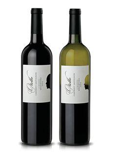 Interesting design by Boldrini & Ficcardi Wine Bottle Design, Wine Label Design, Drink Labels, Wine Bottle Labels, Wine Logo, Wine Brands, Expensive Wine, Bottle Packaging, Wine And Beer