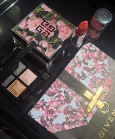 Givenchy Fall 2015 Flower Collection Sneak Peek