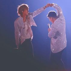 just one... last dance i wish this moment would prolong forever... Nyongtory ❣️