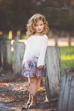 Little girls pose photography