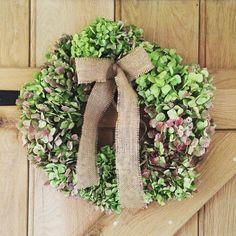 Hydrangea Wreath #Christmaswreath #Florist #hydrangea #rustic