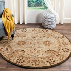 Safavieh Handmade Antiquity Clarice Traditional Oriental Wool Rug x Round - Beige/Multi) Dark Wood Dining Table, Circular Rugs, Oriental Pattern, Oriental Rug, Round Area Rugs, Hand Tufted Rugs, Traditional Rugs, Online Home Decor Stores, Colorful Rugs