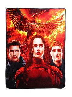The Hunger Games: Mockingjay Fleece Throw: Cozy up to Gale, Katniss and Peeta of The Hunger Games: Mockingjay with this super comfy fleece blanket. And yes, there's enough room for two. Hunger Games Mockingjay, Katniss And Peeta, Mockingjay Part 2, Marvel Bedding, Disney Marvel, Fleece Throw, Toys For Girls, Pop Culture, Artwork