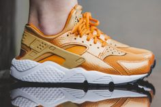 An On-Feet Look At The Nike Air Huarache Sunset Gold