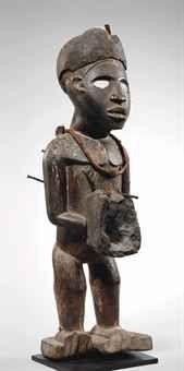 Statuette Vili, nkisi Vili figure, nkisi République Démocratique du Congo  Hauteur: 45 cm. (17¾ in.)