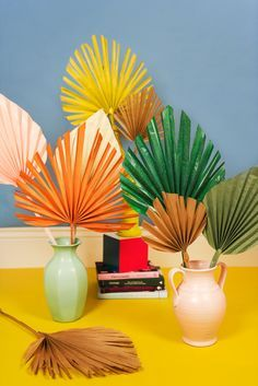 Come learn how to make these stunning palm leaves the will brighten up any home as we come into this cold weather! You are going to love these! Leaf Template, Flower Template, Crown Template, Butterfly Template, Paper Butterflies, Paper Flowers Diy, Diy Interior, Applique Templates, Owl Templates