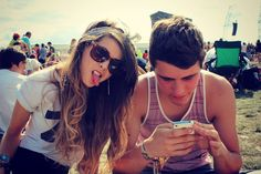 Zoella | Beauty, Fashion & Lifestyle Blog: A Day at Reading Festival