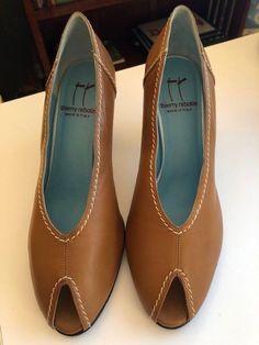 908d4cac269 THIERRY RABOTIN Carmel Leather Heels US 7.5 EU 38.5  fashion  clothing   shoes