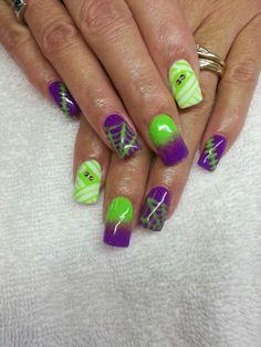 Halloween nails  mummy stitch ombre spider web