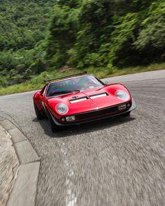 Best classic cars and more! Supercars, Maserati, Ferrari, Lamborghini Miura, Pretty Cars, Best Muscle Cars, Car Memes, Best Classic Cars, Car Photos