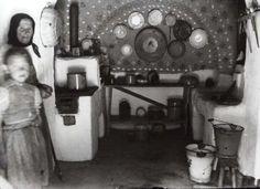 Konyha, Cserépváralja, 1936. (Leszih Andor felv.) Andorra, Folk, 1, Neon, Traditional, Painting, Popular, Painting Art, Forks