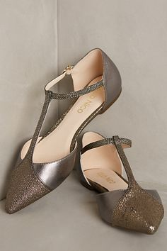 Vanessa Flats - anthropologie.com #anthrofave