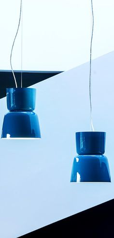 BLOOM suspension lamps Prandina's on line  catalogue,interiors lighting design,modern interiors lamps,ceiling lamps,table lamps,wall mounted lamps,interiors lamps Also available in lighting shop www.verlichting.be