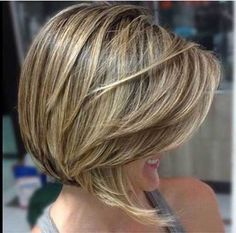 The best collection of Beautiful Short Bob Hairstyles 2018 - 2019 Short Blonde Haircuts, Blonde Bob Hairstyles, Layered Bob Hairstyles, Short Hair Cuts, Short Hair Styles, Blonde Pixie Hair, Frosted Hair, Bob Hairstyles 2018, 1940s Hairstyles