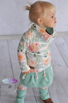 Favorite fabric or love of Lieblingsstoff oder Stoffliebe Hello m… – About Children's Clothing – KinderMode Baby Girl Fashion, Toddler Fashion, Fashion Kids, Baby Outfits, Toddler Outfits, Kids Outfits, Gender Neutral Baby Clothes, Cute Baby Clothes, Sewing For Kids