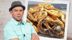 pivniprecliky Onion Rings, Bread, Buns, Ethnic Recipes, Celebrity, Food, Brot, Essen, Celebs