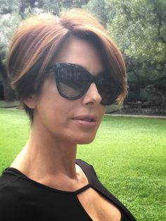 New long pixie with highlights and Dolce & Gabbana sunglasses | Style over 40 | youthful hairstyles | ageless style | aging gracefully