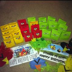 Angry bird party gift bags, looks to be the cheapest cutest option I've seen. Bird Birthday Parties, Kids Birthday Themes, Birthday Fun, Party Gift Bags, Party Gifts, Party Favors, Craft Party, Party Planning, Party Time