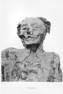 Mummy of Ahmes-Henttimehu. Probably daughter of Seqenenre Tao II. Ancient Egypt History, Ancient Aliens, Bog Body, Egypt Mummy, Site History, Egyptian Mummies, Egyptian Mythology, Great King, African American History