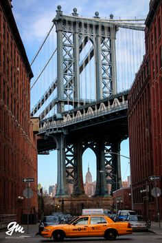 #Manhattan Bridge in #Brooklyn with #Empire state building and yellow #cab, New York City, #NYC, #Travel the world - Picture by Georg Mayr Photography