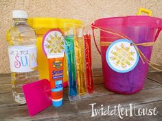 Twiddler House: End of the year teacher gifts {and my very first free printables! Woo-hoo!}