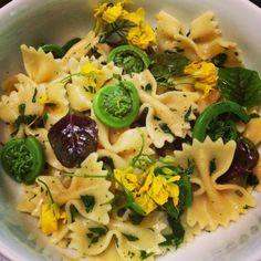 Easy spring pasta recipe with fiddleheads, lemon and fresh mint. food.lohudblogs.com