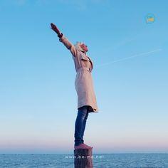 Woher beziehst Du Deine Kraft?  Ich tanke gerne ganz bewusst Energie durch aktive Ruhepausen am Tag, z. B einer Mini-Meditation.    Ich wünsche Dir einen wundervollen Tag.    #communication #communicationtraining #meditation#seiduselbst #tuewasduliebst  #traumjob #lovemylife #worklifebalance #BeMeAcademy #dowhatyoulove #glücklich #success #happy #smile #glücklichimjob  #beyourself #innererfrieden #achtsamkeit #mindfulness #youarewhatyoudo #happylife #happiness #glück #energy #strength #kraft Work Life Balance, Stress Management, Leadership, Communication, Meditation, Blog, Success, Mini, Dream Job