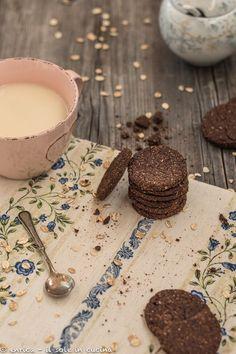 biscotti integrali al cacao e avena 1