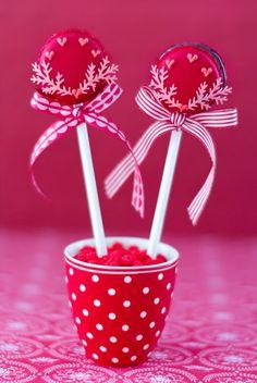 Macarons pop San Valentin