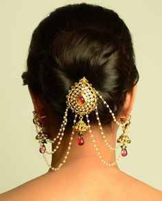 """Juda, bun or updo, names are many but style is one. Upto is messy andRead More """"Indian Juda Hairstyles For Women"""" Indian Bridal Hairstyles, Bride Hairstyles, Trendy Hairstyles, Hairdos, Saris, Head Jewelry, Hair Jewellery, Bridal Jewellery, Hair Brooch"""