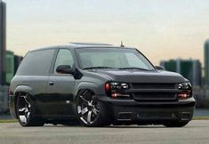 We Offer Fitment Guarantee on Our Rims For Chevy Tahoe. All Chevy Tahoe Rims For Sale Ship Free with Fast & Easy Returns, Shop Now. Bagged Trucks, Lowered Trucks, Cool Trucks, Chevy Trucks, Pickup Trucks, Cool Cars, Silverado Truck, Small Trucks, Custom Trucks
